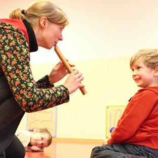 Musikschule Pinneberg Musikknirpse im Elementarunterricht.