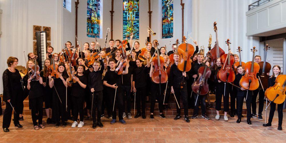 https://www.musikschule-pinneberg.de/wp-content/uploads/2019/05/JSO-wild-2018-Felix-Hagedorn.jpg
