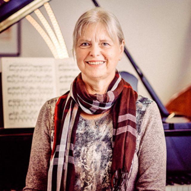 Angela Altmann
