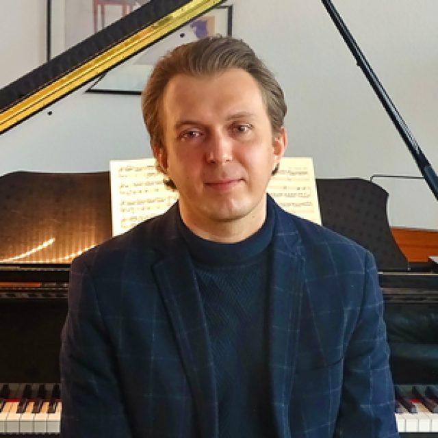 Volodymyr Lavrynenko